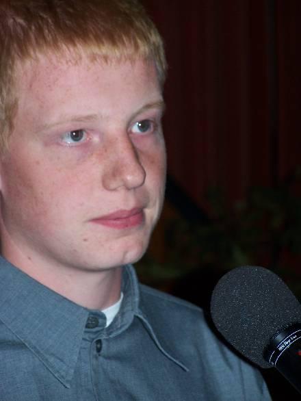 Sven Gerken, 3. Landessieger ut Nedersassen, in Plattleesen. - Spiekerdag2005-14